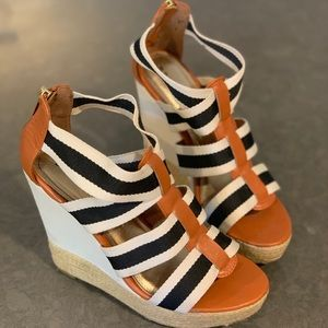 Wedge sandals, black and cream straps